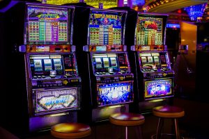 playing games at online slots