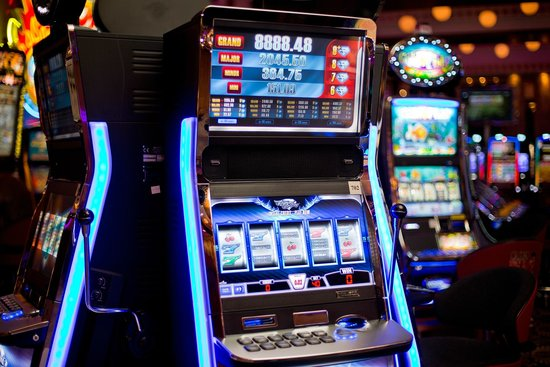 The process of playing online slot